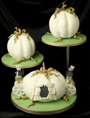 Pumpkin Coach Wedding Cake