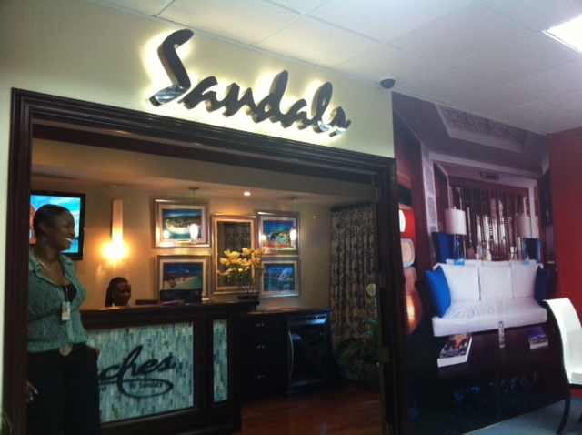 private_sandals_desk